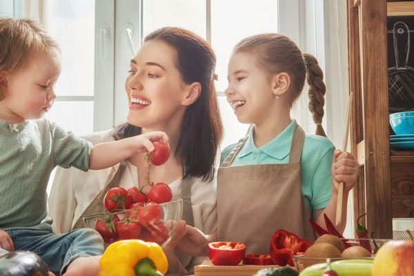5 Ways Cooking Can Nurture Children's Development